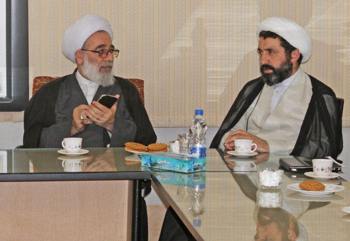 the-head-of-the-seminary-of-qom-at-the-institute