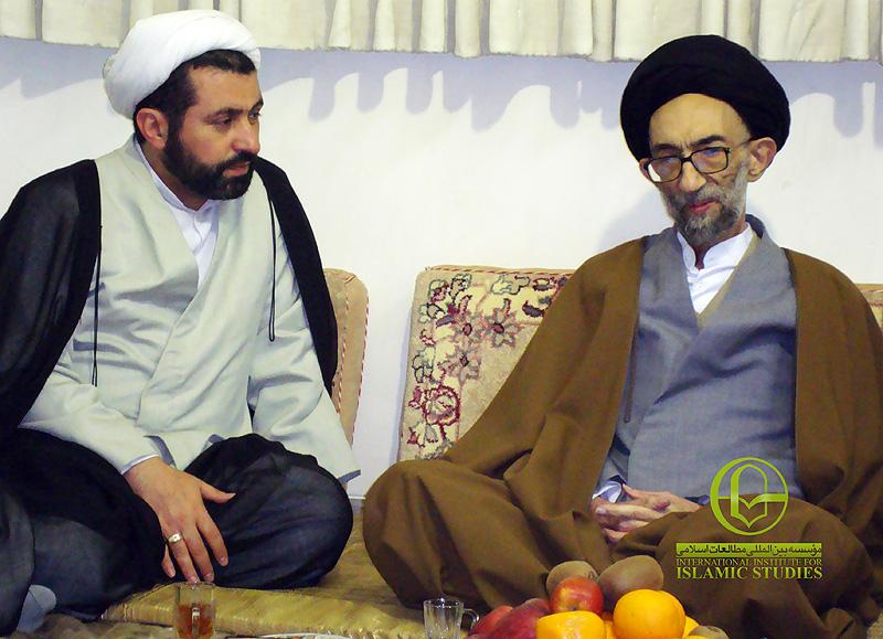 visiting-ayatollah-musavi-lari